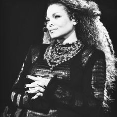 """We love you. Get well soon, @janetjackson! #janfam #Janet #JanetJackson #Unbreakable #unbreakableworldtour #conversationsinacafe…"""