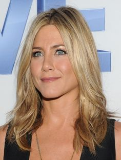 A gallery of the latest popular center part hairstyles. The center part hair styles are popular in recent years, a lot celebrities wear the middle part hair styles, especially the one with long hair. If you are looking for great center part hair styles, here they are. Hairstyle trends haven't changed much in the last[Read the Rest]