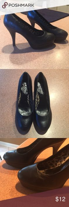 "Black heels 4.5"" heels.  Excellent condition. Unlisted Shoes"