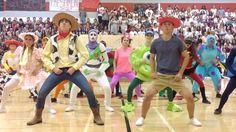 This Pixar Inspired Pep Rally Turned High School Dance Team Into Internet Sensations. High School Dance, School Dances, High School Cheerleading, Cheerleading Bows, School Dance Decorations, Cheers Theme, Pep Rally Games, Pep Club, School Events