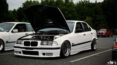 V8 swaped BMW e36 sedan on OEM BMW Styling 5 wheels (BBS RC)