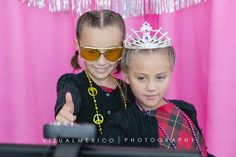 Fotocabina vintage | Quince años | Photoboot | Invitadas | Toluca | Metepec | www.vizualmexico.com.mx