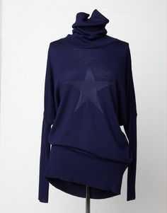 Star Snuggle Top - Andrea Moore Winter Sale, Snuggles, Turtle Neck, Stars, Sweaters, Ideas, Fashion, Moda, Sterne