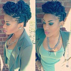 Beautiful design and up do! Loving the teal too.