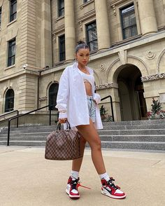 haar schneiden Koleen Diaz on Instagra - haar Hipster Fashion, Look Fashion, Fashion Outfits, 90s Fashion, Fashion Tips, Fashion Design, Streetwear Mode, Streetwear Fashion, Looks Street Style