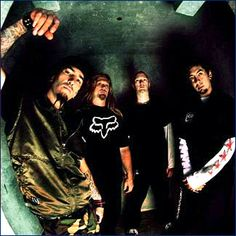 Machine Head: great band. Partied with these guys in Berlin, 1997.