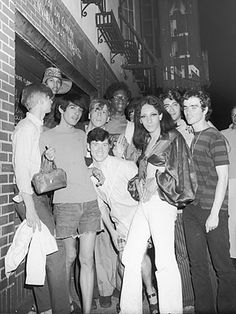 The ones who started the Stonewall riots in generally seen as the beginning of the modern gay rights movement. Stonewall Inn, Stonewall Riots, Stonewall Uprising, Gay Rights Movement, Lgbt History, Intersectional Feminism, Gay Pride, Equality, Vintage Photos