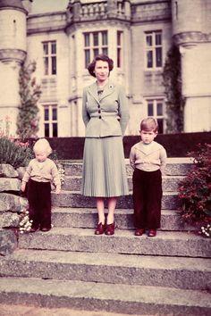 1952 - Princess Elizabeth, Prince Charles and Princess Anne  - HarpersBAZAAR.com
