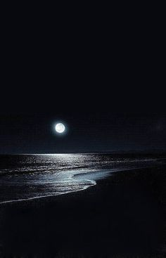 Searching For Moonlight Dark Wallpaper, Nature Wallpaper, Wallpaper Backgrounds, Iphone Wallpaper, Ciel Nocturne, Moon Pictures, Moon Photography, Moonlight Photography, Beautiful Moon