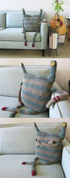 Funny pictures about Monster doll made up with old clothes. Oh, and cool pics about Monster doll made up with old clothes. Also, Monster doll made up with old clothes. Monster Dolls, Craft Projects, Sewing Projects, Sewing Crafts, Diy Crafts, Fabric Crafts, Doll Makeup, Softies, Art Dolls