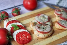 Baked chicken breast with mozzarella and tomatoes with addition of Herbs de Provence is a great dinner dish. Biggest Chicken, Mini Meatballs, Roasted Chicken Breast, Tomato Mozzarella, Meat Chickens, Dinner Dishes, Caprese Salad, Food And Drink, Gluten