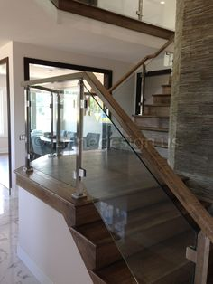 Ramesh - OH - Modern Stainless Steel Cable and Glass Railing - Inline Design Indoor Stair Railing, Modern Stair Railing, Staircase Railings, Modern Stairs, Railing Design, Staircase Design, Glass Stair Railing, Railing Ideas, Bannister