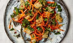 Carrot and pomelo salad
