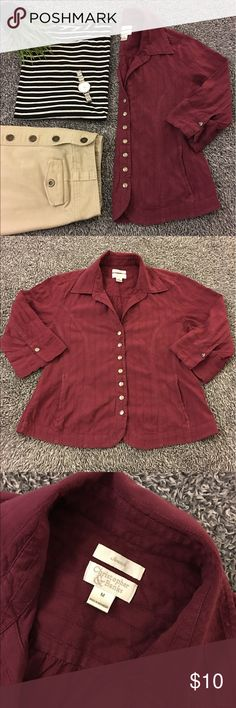 Maroon, snap front, jacket/top with front pockets! This piece is kind of a blouse while having some of the benefits of a jacket. Lightweight with snaps down the front and 3/4 length sleeves. Textured fabric. Good pre loved shape with only minor signs of ❤️.See pics 4 details & condition. Didn't c holes/stains so if there are any, they are hard 2 c! SF! Bust is 19 in. flat. Hips are about 20. Length is about 22.5.  Sleeves are 16.5 in. from shoulder seam 2 hem of cuff. Color is maroon…