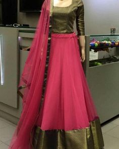 Lehenga Designs Simple, Lengha Blouse Designs, Kerala Saree Blouse Designs, Silk Kurti Designs, Simple Lehenga, Half Saree Designs, Churidar Designs, Choli Designs, Long Skirt Top Designs