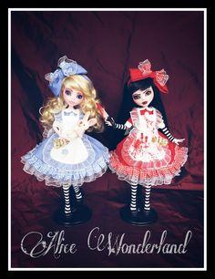 Alice Wonderland Wunderland Monster High Custom bad Draculaura cute repaint Ooak
