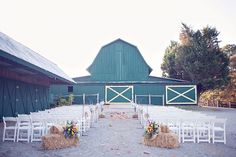 Polo Horse Farm Wedding, GA...Will one of our brides book this venue, PLEASE!!! Looks amazing...kristen@kristenphoto.com