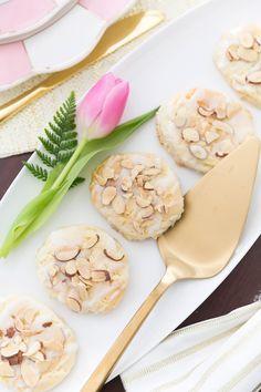 287a03e1e615 18 Best  SHOP ETSY  Bridal Shower images