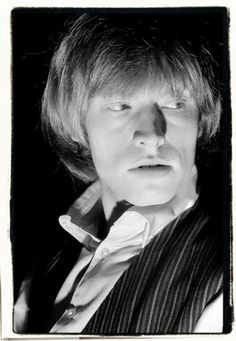 Brian Jones portrait by Stan Mays. http://media-cache-lt0.pinterest.com/550x/47/0a/6b/470a6b833e997a14bb59465d91185d8f.jpg