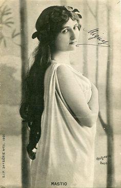 Vintage French hand tinted photo postcard - Actress miss Mastio with laurel wreath - Victorian Paper Ephemera