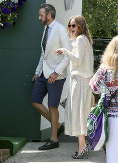 Stella McCartney and her husbandAlasdhair Willis - 2015 Wimbledon.  (10 July 2015)