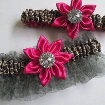 Your Bridal Wedding Garter is gathered in leopard ribbon and tulle ruffles. Graced at the center with a hand folded Fuschia Pink Kanzashi flower. In the center of the flower is a crystal button.  The matching Toss Garter is gathered also in stretch leopard and centered with a smaller pink flowe... Pink Wedding Garter, Bride Garter, Cheetah Print Wedding, Prom Garters, Hot Pink Weddings, Prom Date, Kanzashi Flowers, Colorful Feathers, My Etsy Shop