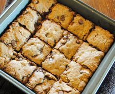 Healthied up Oatmeal Chocolate Chip Cookie Bars via Vedged Out