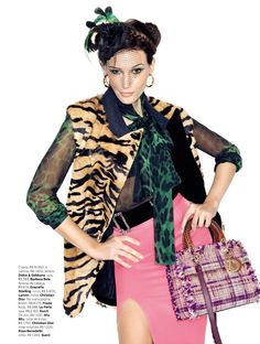 Duas Vias | Fashion editorial Inspire by the colorful fabrics from the peruvian Andes for VOGUE Brasil