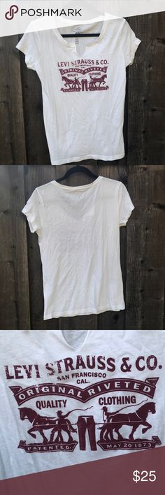 Levi Strauss & co white t-shirt Great quality t-shirt! Looks perfect with jeans/ shorts/ tucked into a skirt. Size small. No imperfections. Let me know if you have any questions! Urban Outfitters Tops Tees - Short Sleeve