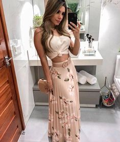 Floral Print Pleated Maxi Skirts Autumn fashion Hoodie dress fashion Bodycon dress Fashion outfits Clothes for women Fashion dresses Knee length dresses Spaghetti strap Mode Outfits, Night Outfits, Skirt Outfits, Dress Skirt, Casual Outfits, Dress Up, Bodycon Dress, Cute Summer Outfits, Spring Outfits