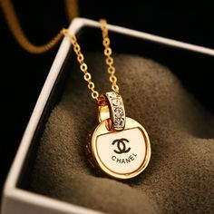 Log in - CHANEL - Log in chanel, gold, necklace, fashion, jewelry Chanel Jewelry, Fashion Jewelry Necklaces, Cute Jewelry, Luxury Jewelry, Gold Jewelry, Gold Necklace, Chanel Necklace, Jewlery, Handbag Accessories