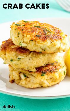 Marylanders will be OBSESSED with this crispy Crab Cakes.Even Marylanders will be OBSESSED with this crispy Crab Cakes. Crab Cake Recipes, Fish Recipes, Seafood Recipes, Gourmet Recipes, Appetizer Recipes, Cooking Recipes, Healthy Recipes, Seafood Appetizers, Appetizer Ideas