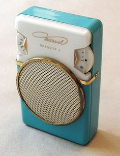 The iPod has nothing on this adorably turquoise transistor radio from the early 1960s.