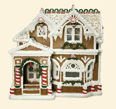 charming gingerbread house>>gorgeous! wish mine looked like this!
