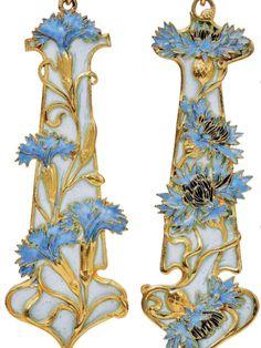 Art Nouveau Enamel & Pearl Lavallière Necklace by René Lalique