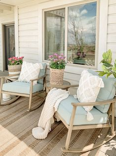 Porch Decorating, Summer Decorating, Deck Decorating Ideas On A Budget, Cheap Home Decor, Home Furniture, Furniture Ideas, Outdoor Furniture Sets, Backyard Furniture, Layout Design
