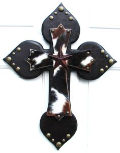 Western Cross designed and hand-crafted with authentic cowhide leather by DiaMor De'cor        $85.00