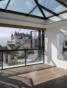 Apartment with a view over the Nyon castle - Valentine Bärg Architectures