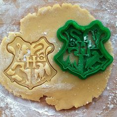 9 Magical Harry Potter Cookie Cutters That You Can Buy On Etsy Right Now