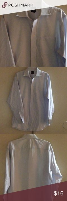 NWOT men's JoS. A. BANK button down This baby blue and white small checkered design is a great buy! It's a nice piece for the guy in your life!! Neck size: 16.5-34(sleeves) Bundle to save Jos A. Banks Shirts Dress Shirts