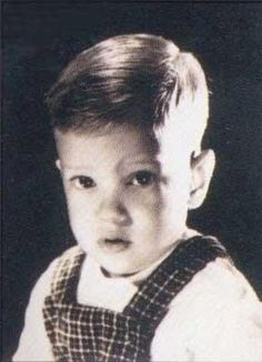 George Strait's Baby Picture ~~~~ How cute, now we know why he is SO handsome!!