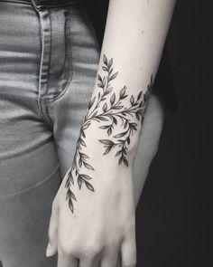 50 auffällige Löwentattoos, die Lust auf Tinte machen – die besten DIY-Tattoo-Ideen Inkspiration – diy tattoo image – tattoo tatuagem 50 eye-catching lion tattoos that make you want to ink the best DIY tattoo ideas inspiration diy tattoo image Sexy Tattoos, Body Art Tattoos, Sleeve Tattoos, Tatoos, Tattoo Sleeve Filler, Feminine Tattoos, Nature Tattoos, Forearm Tattoos, Inner Elbow Tattoos