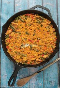 أرز بالدجاج والزعفران بالإسباني