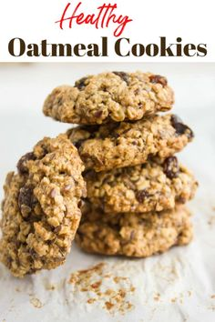 If you re looking for a healthy oatmeal cookies recipe this one is a winner It has all the flavors you crave but not the fat It s a chewy and puffy cookie studded with oats raisins and flax seeds for extra fibre and omega 3 via twopurplefigs Healthy Cookie Recipes, Healthy Cookies, Healthy Sweets, Healthy Baking, Healthy Food, Protein Cookies, Protein Snacks, High Protein, Health Desserts