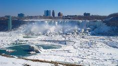 Partially Frozen Niagara Falls | 20 Spectacular Images of Frozen Niagara Falls
