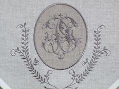 brise bise,voilages,rideaux,monogrammes,broderie,shabby : Paire de brise bises CHLOE gris 45x60 cm