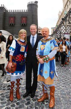 Con Asunción Sánchez-Zaplana y Máximo Buch en la fiesta de Moros y Cristianos de Alcoi