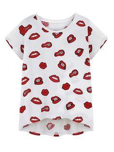Printed Graceful Round Neck Plus Size T Shirts #ClothingOnline #PlusSizeWomensClothing #CheapClothing #FashionClothing #womenswear #sexydress #womensdress #womenfashioncasual #womensfashionforwork  #fashion #womensfashionwinter