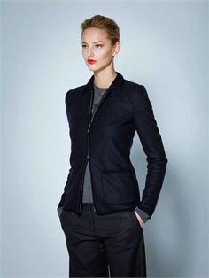 A collection designed by Giorgio Armani for working women Sewing Pants, Japanese Denim, Stitch Fix Outfits, Feminine Style, Feminine Fashion, Capsule, Dress Hats, Parisian Chic, Giorgio Armani