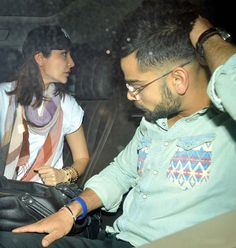 Virat Kohli FINALLY confirms his relationship with Anushka Sharma! - Movie24Update